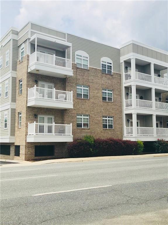 605 W Market Street #215, Greensboro, NC 27401 (MLS #888071) :: Banner Real Estate