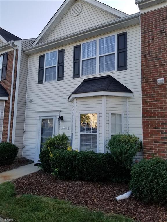 1208 Essex Square, Archdale, NC 27263 (MLS #897016) :: Kristi Idol with RE/MAX Preferred Properties