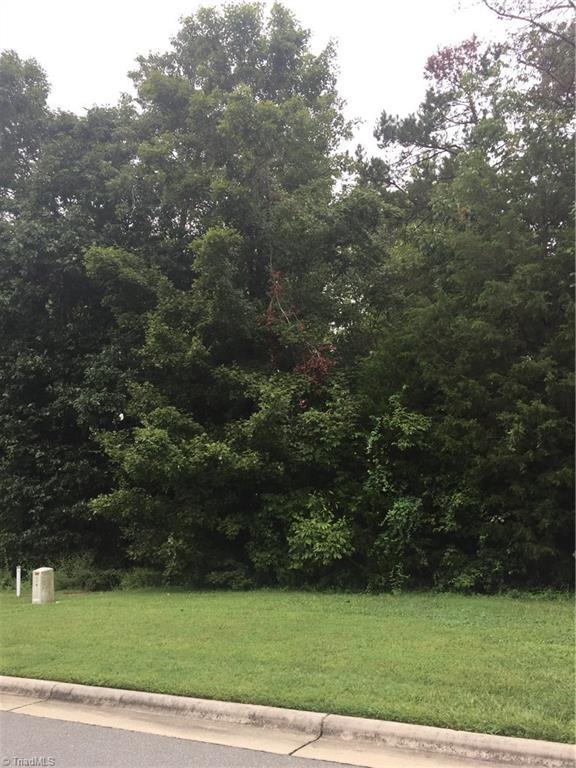 2265 Cambridge Oaks Drive, High Point, NC 27262 (MLS #902511) :: HergGroup Carolinas