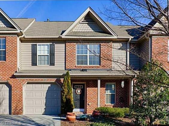854 Jarman Drive, Jamestown, NC 27282 (MLS #912337) :: Kristi Idol with RE/MAX Preferred Properties