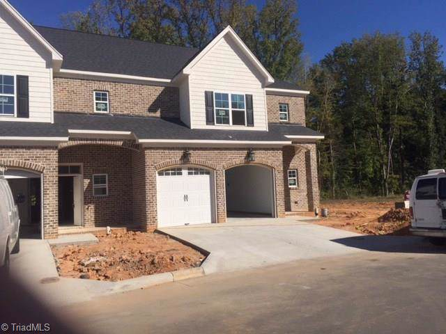 22 Gingerly Lane, Greensboro, NC 27455 (MLS #926394) :: Ward & Ward Properties, LLC