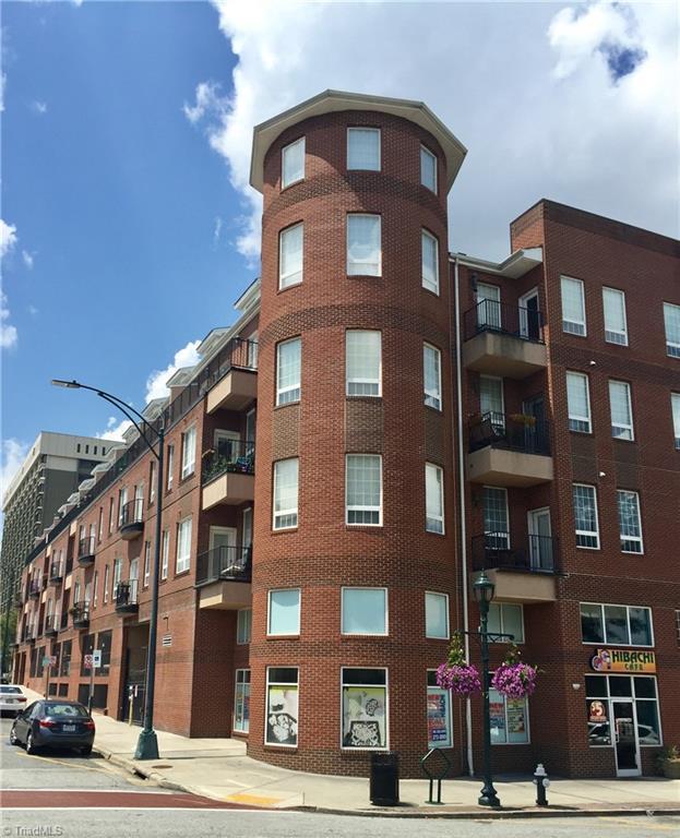360 S Elm Street #309, Greensboro, NC 27401 (MLS #943306) :: Kim Diop Realty Group