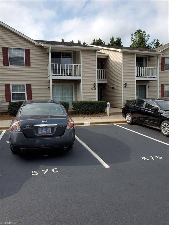 5657 Hornaday Road H, Greensboro, NC 27409 (MLS #943674) :: Berkshire Hathaway HomeServices Carolinas Realty