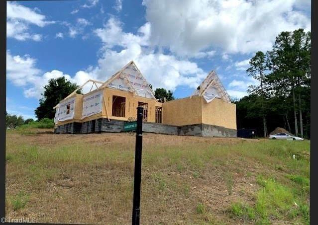 102 Sandstone Drive, King, NC 27021 (MLS #972599) :: Team Nicholson