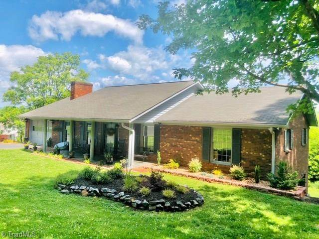 1542 Cedar Lane, Wilkesboro, NC 28697 (MLS #978047) :: Ward & Ward Properties, LLC