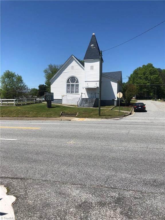 2319 Yanceyville Street - Photo 1