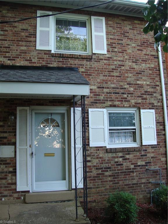101 Oxford Place #4, High Point, NC 27262 (MLS #846424) :: RE/MAX Impact Realty