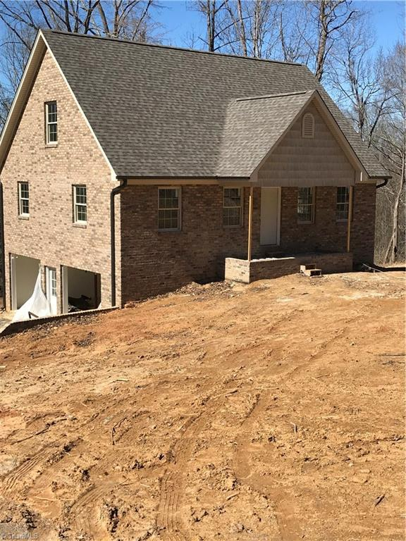 845 Montgomery Court, Walnut Cove, NC 27052 (MLS #861115) :: Banner Real Estate