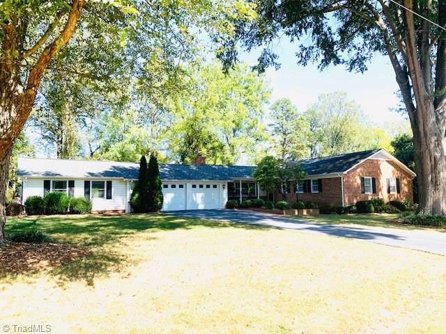 223 Prestwick Drive, High Point, NC 27265 (MLS #951559) :: HergGroup Carolinas | Keller Williams