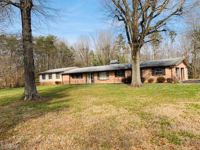 3225 Ray T Moore Road, Yadkinville, NC 27055 (MLS #962685) :: Ward & Ward Properties, LLC