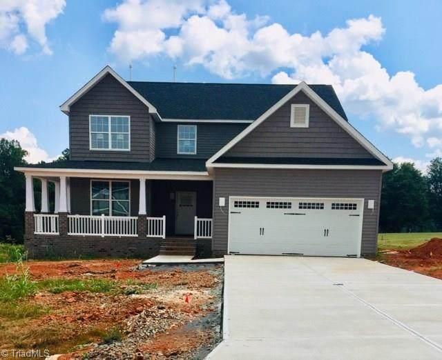112 Saddlebrook Drive, Advance, NC 27006 (MLS #969322) :: Berkshire Hathaway HomeServices Carolinas Realty