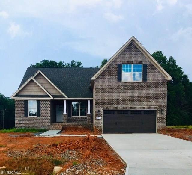 107 Saddlebrook Drive, Advance, NC 27006 (MLS #970003) :: Berkshire Hathaway HomeServices Carolinas Realty