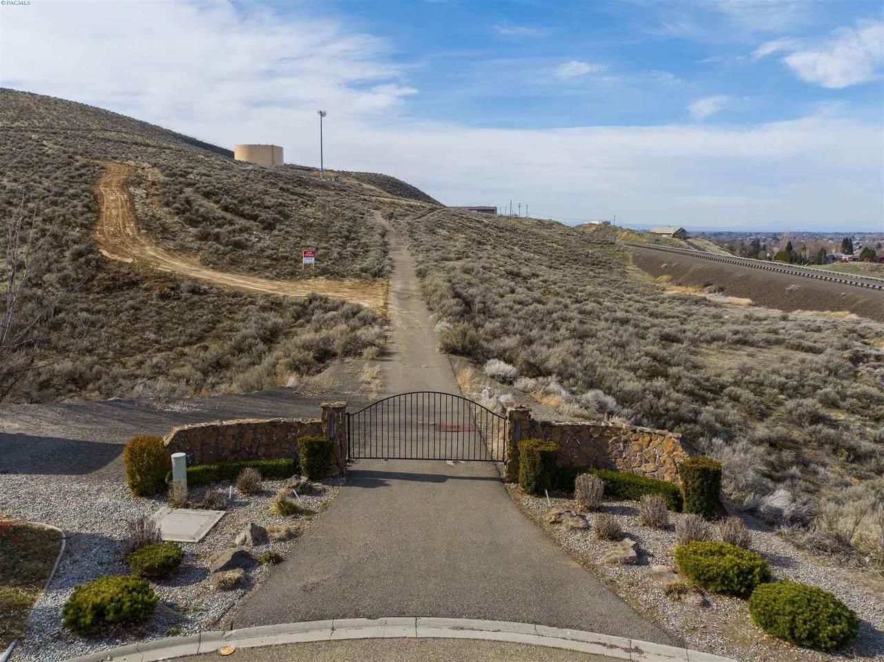 NKA Mountain View - Photo 1