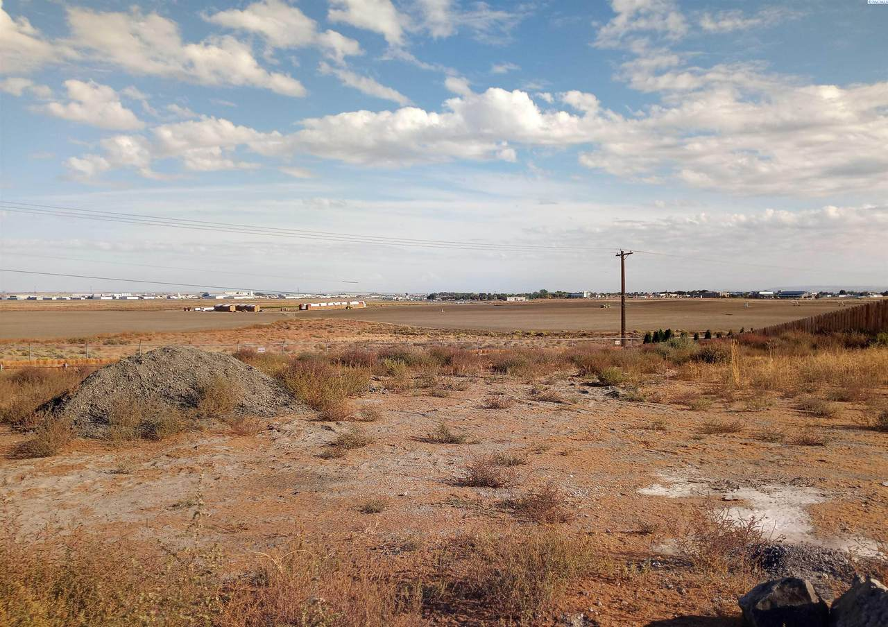 4309 Orville Loop - Photo 1