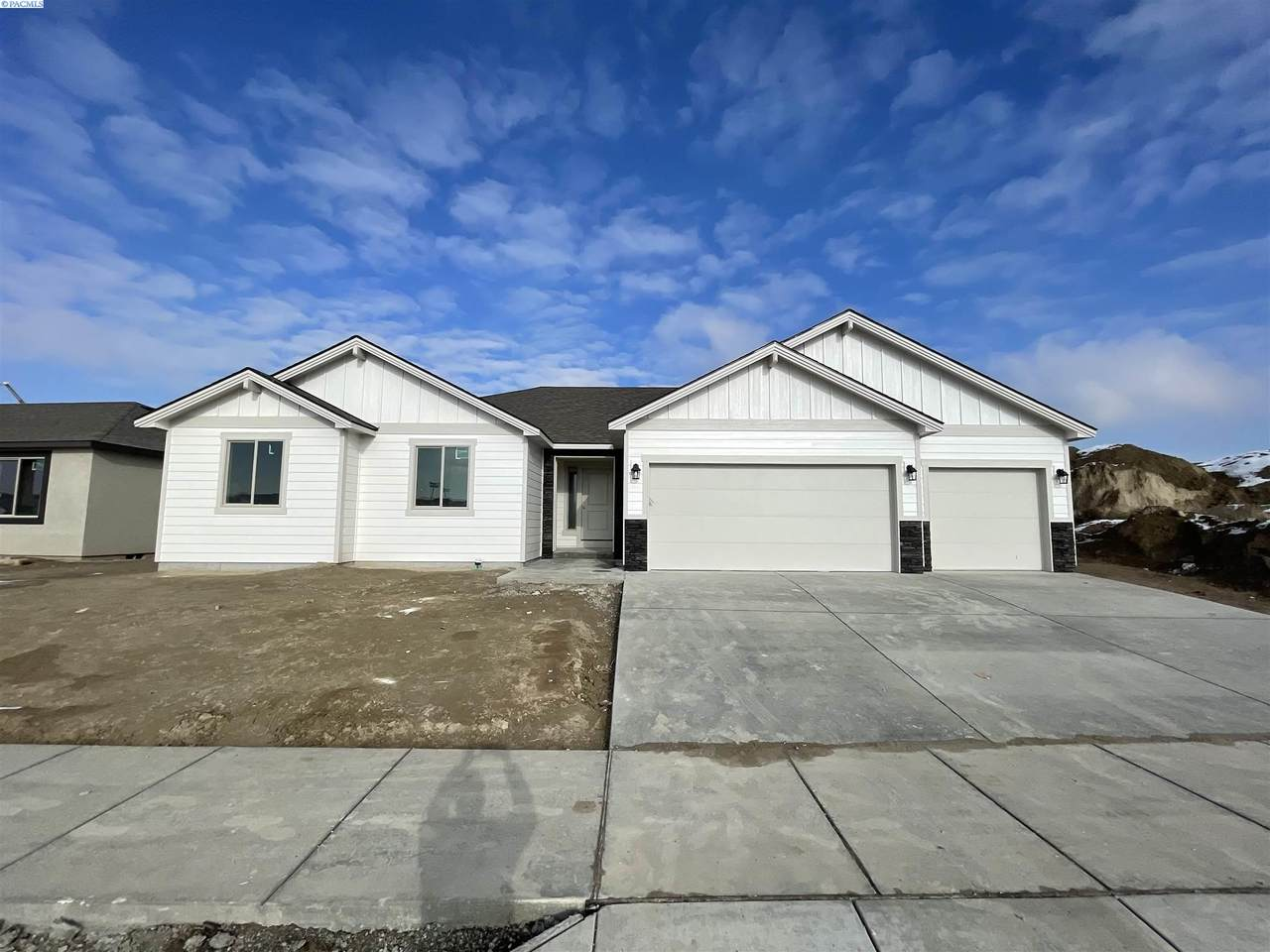5638 32nd Ave - Photo 1