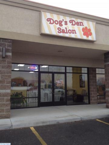 4001 S Kennedy Rd, West Richland, WA 99353 (MLS #222078) :: Dallas Green Team