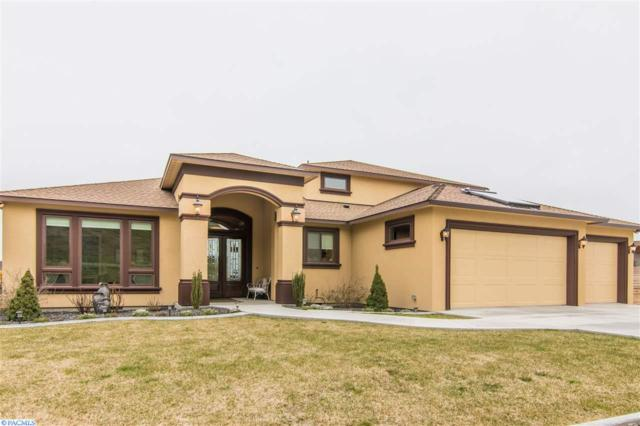 1261 Plateau Drive, Richland, WA 99352 (MLS #222305) :: Dallas Green Team