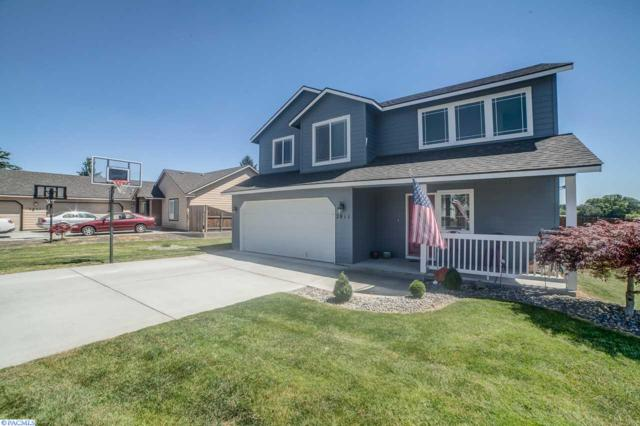 2811 S Rainier Pl., Kennewick, WA 99337 (MLS #222345) :: Dallas Green Team