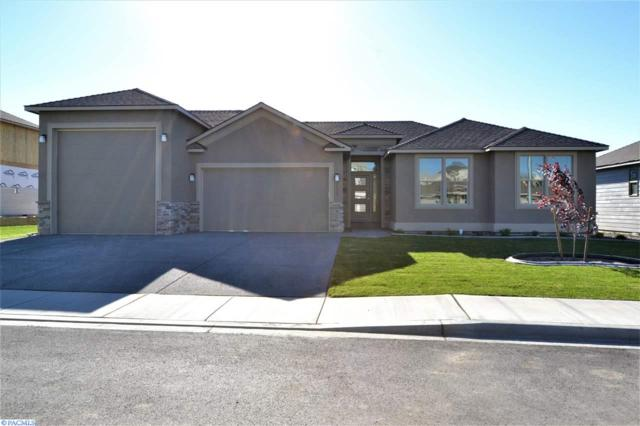 2655 Grayhawk Lp, Richland, WA 99354 (MLS #222347) :: Dallas Green Team
