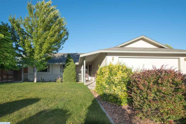 5019 Marlin Ln, Pasco, WA 99301 (MLS #222351) :: Dallas Green Team