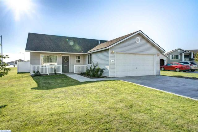 5812 Saddle Creek Ln., Pasco, WA 99301 (MLS #223882) :: Dallas Green Team