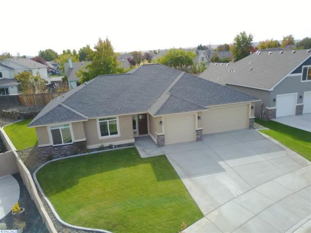 1066 Montana St., Kennewick, WA 99336 (MLS #224991) :: Dallas Green Team