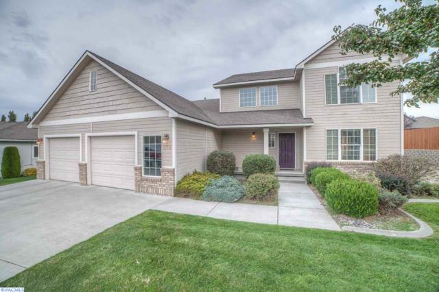 1718 Sequoia Ave, Richland, WA 99352 (MLS #225053) :: Dallas Green Team
