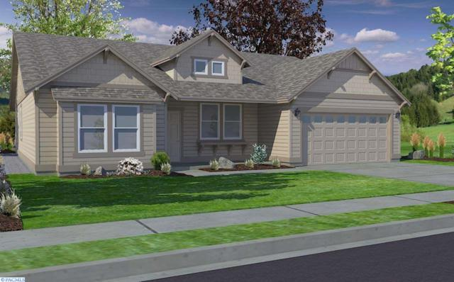 829 Meadows Dr., Richland, WA 99352 (MLS #225143) :: Dallas Green Team