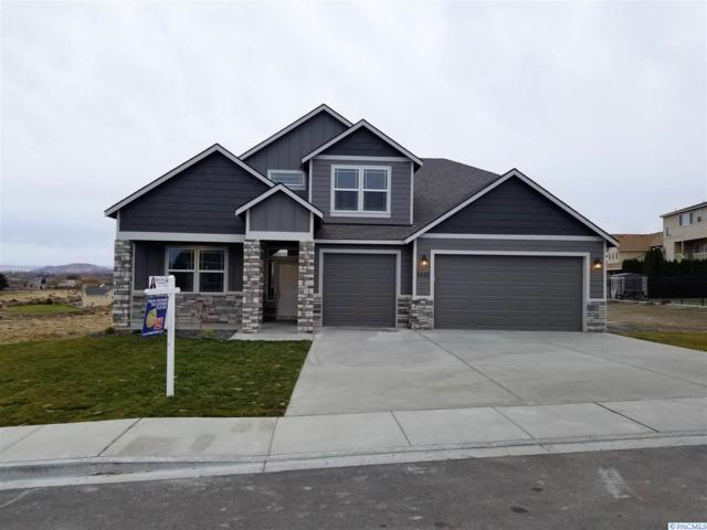 4455 Queen St, West Richland, WA 99353 (MLS #226512) :: Premier Solutions Realty