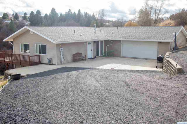717 S Scenicview, Colfax, WA 99111 (MLS #227097) :: The Lalka Group