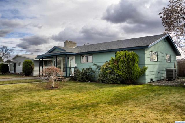 1808 W Marie St, Pasco, WA 99301 (MLS #227337) :: The Lalka Group