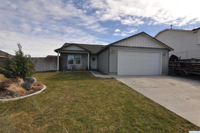 5403 Buchanan Ln, Pasco, WA 99301 (MLS #227351) :: The Lalka Group
