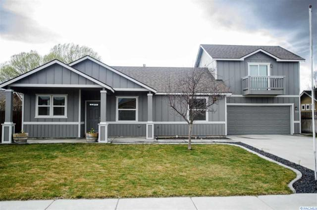 5716 Washougal Ln, Pasco, WA 99301 (MLS #227363) :: The Lalka Group