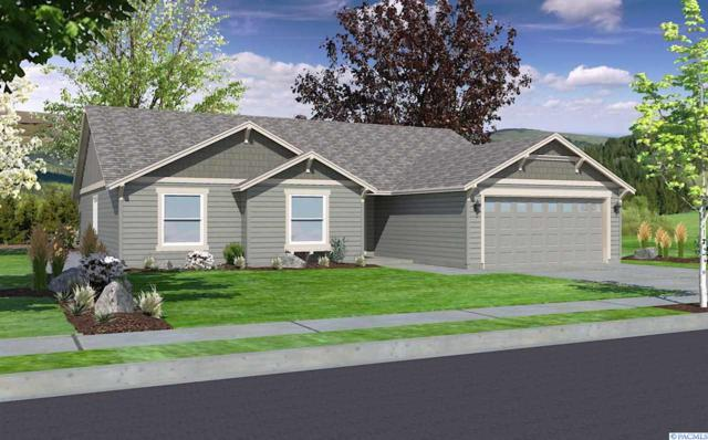 635 SW Wheat Ridge Drive, Pullman, WA 99163 (MLS #227371) :: The Lalka Group