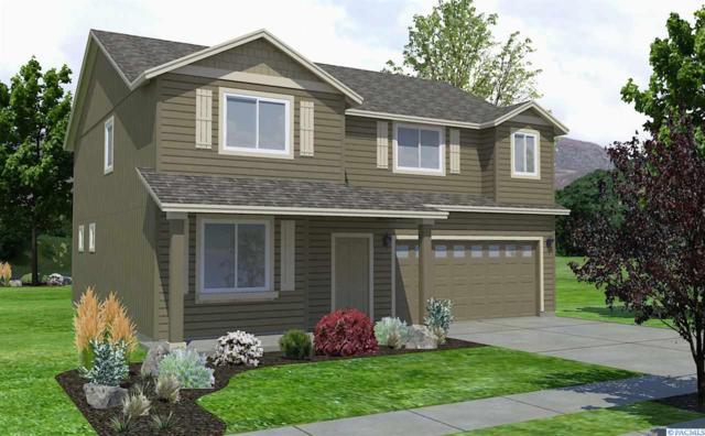 600 SW Wheat Ridge Drive, Pullman, WA 99163 (MLS #227373) :: The Lalka Group