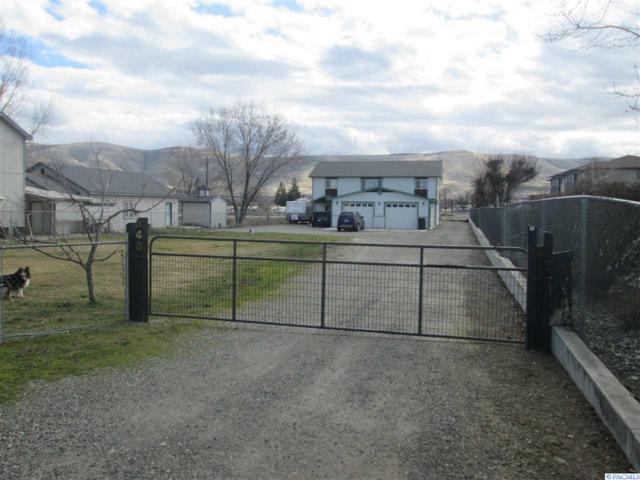 348 Nunn Rd, Prosser, WA 99350 (MLS #227727) :: PowerHouse Realty, LLC