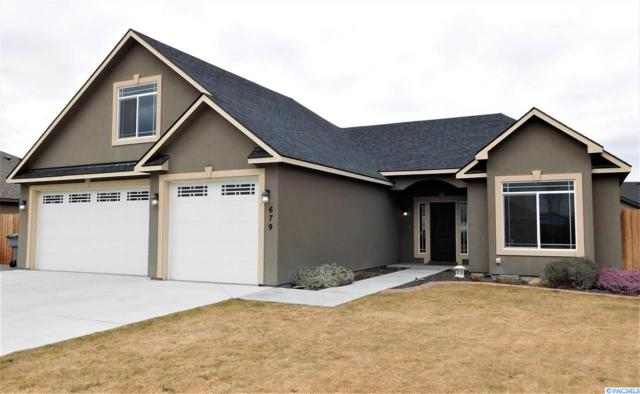 679 Sedgwick Place, Richland, WA 99352 (MLS #227816) :: Dallas Green Team