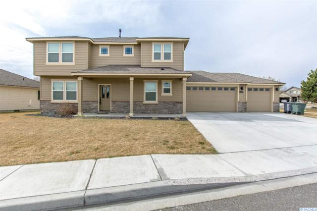 2691 Torrey Pines Way, Richland, WA 99354 (MLS #228065) :: Dallas Green Team