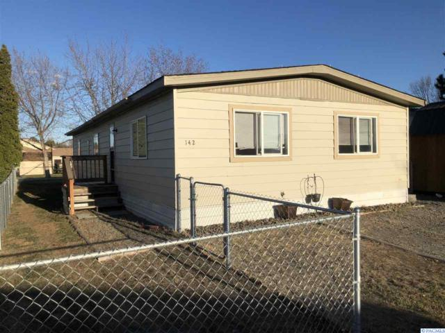 142 N 66th #311, West Richland, WA 99353 (MLS #228108) :: Premier Solutions Realty