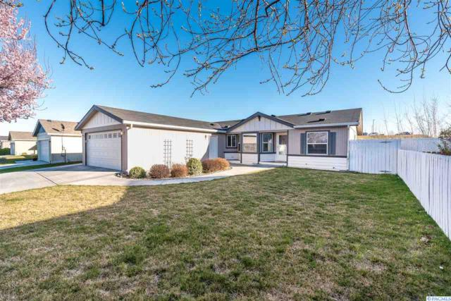 1626 Cactus Loop, Richland, WA 99352 (MLS #228152) :: Dallas Green Team