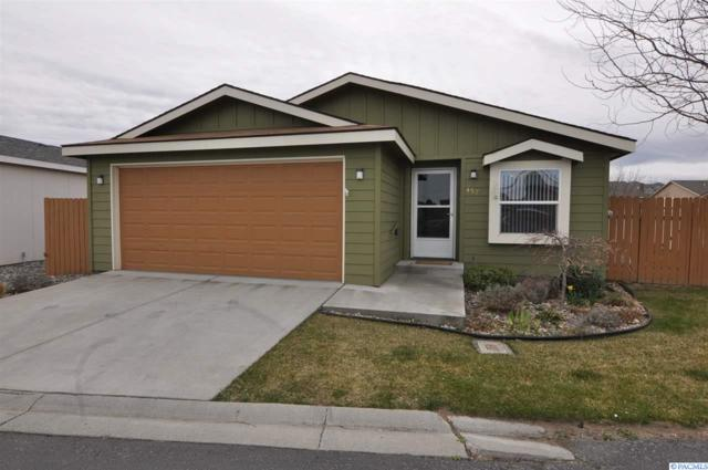 457 Cliffrose, Richland, WA 99352 (MLS #228167) :: Dallas Green Team
