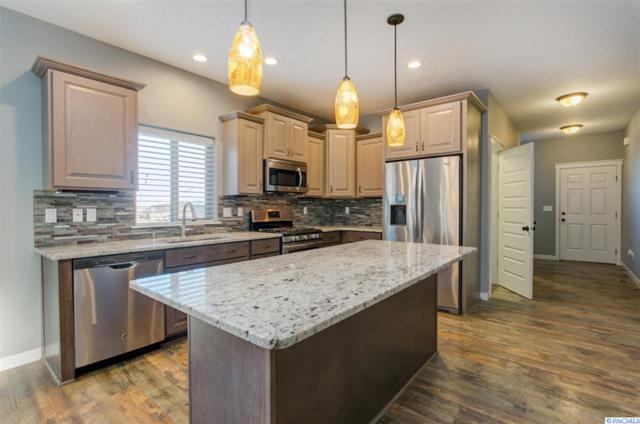 5905 Velonia Dr, West Richland, WA 99353 (MLS #228779) :: Premier Solutions Realty