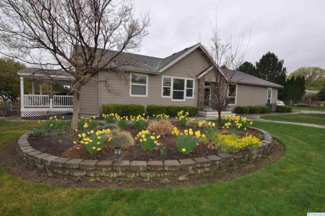 4402 Sunlake Dr, West Richland, WA 99353 (MLS #228781) :: Premier Solutions Realty