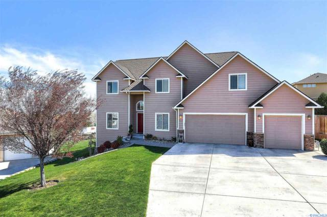 3320 W 42nd Pl, Kennewick, WA 99337 (MLS #228839) :: Dallas Green Team