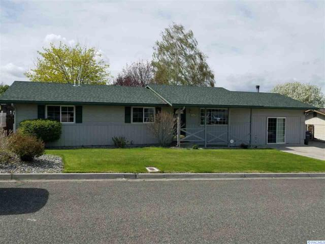 521 Thompson Dr, Sunnyside, WA 98944 (MLS #228876) :: Premier Solutions Realty