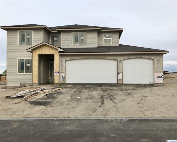4305 S Dennis Court, Kennewick, WA 99337 (MLS #228986) :: Dallas Green Team