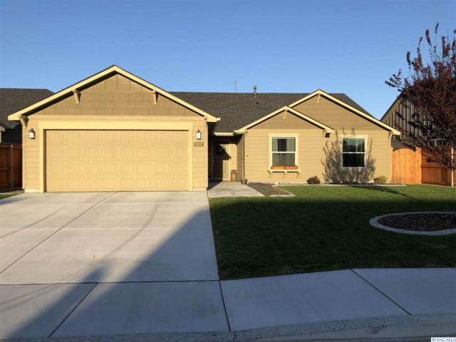 5707 Middle Fork, Pasco, WA 99301 (MLS #229043) :: The Lalka Group