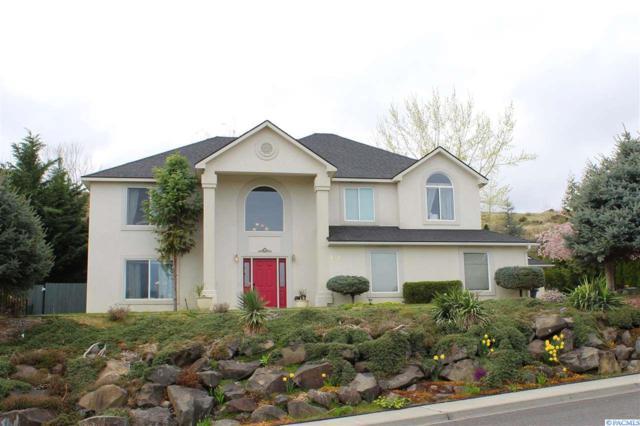 337 Rockwood Drive, Richland, WA 99352 (MLS #229106) :: The Lalka Group