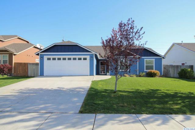 5102 Spirea Drive, West Richland, WA 99353 (MLS #229147) :: The Lalka Group