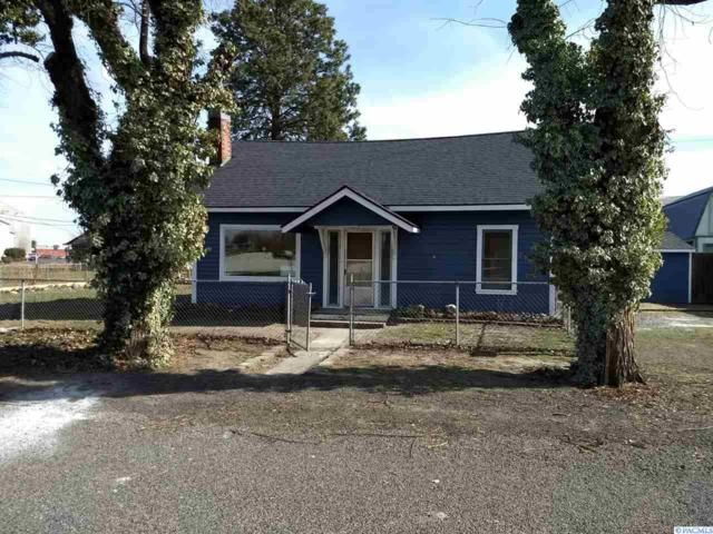 916 and 918 Lillian Street, Prosser, WA 99350 (MLS #229596) :: Premier Solutions Realty
